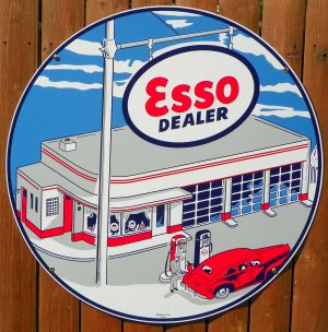 """1948 """"STYLE"""" ESSO GAS STATION PORCELAIN SIGN With GAS PUMPS & CAR 1"""