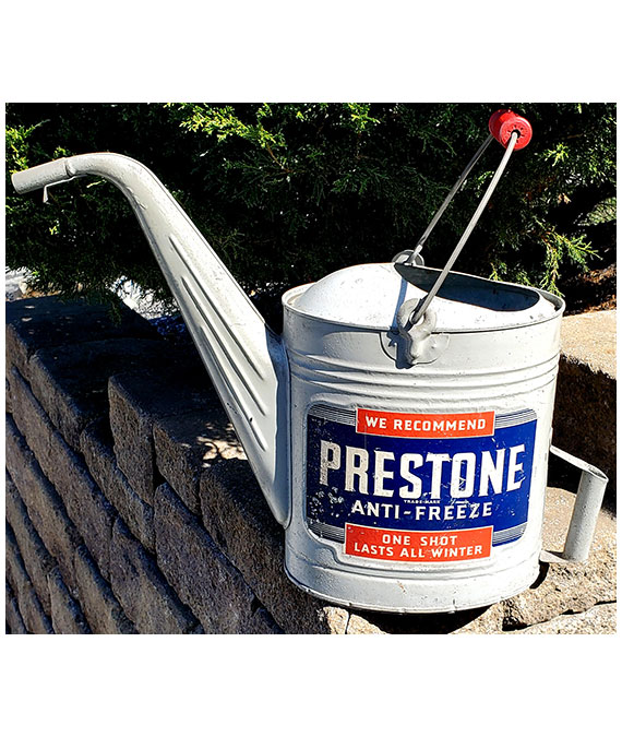 1940s-1950s-PRESTONE-ANTI-FREEZE-GAS-STATION-WATER-CAN
