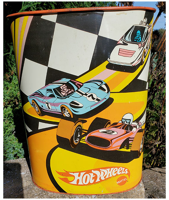 1970-HOT-WHEELS-TRASH-CAN